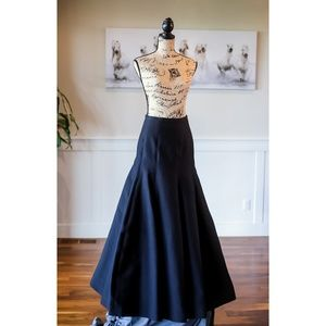 🆕  Halston Heritage Cotton Black Ballgown skirt